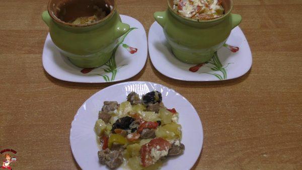garkoe-iz-svininy-v-gorshoshkah