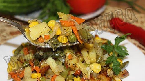 Жаренная картошка с овощами