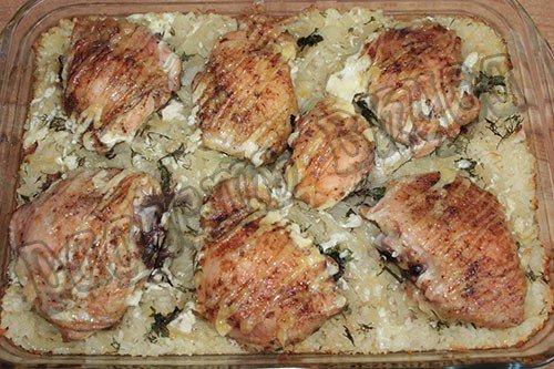 Вкусный запеченный в духовке рис с курицей