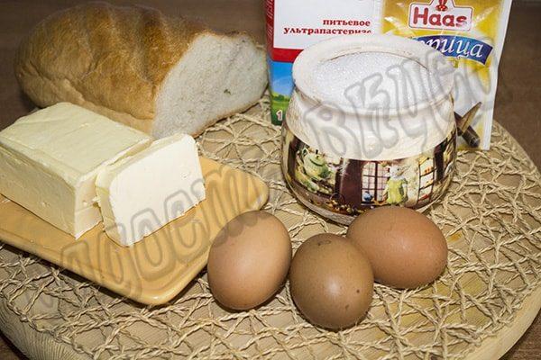 Жареный батон с яйцом и молоком