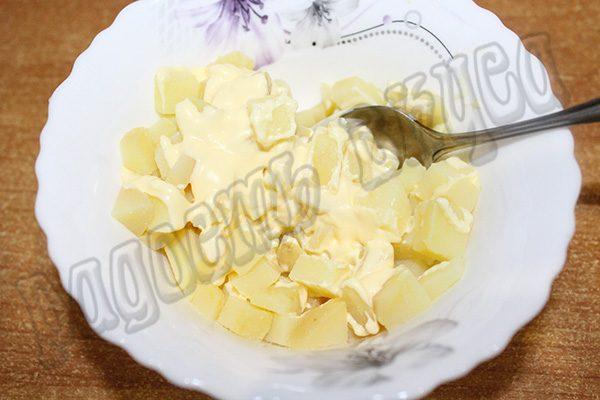 Очень вкусный слоеный салат