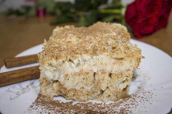 Ленивый торт Наполеон из печенья Ушки