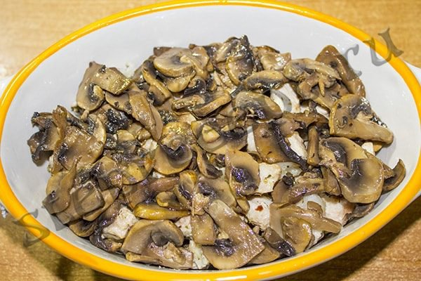 Кремзлики по-закарпатски – драники в горшочках с мясом