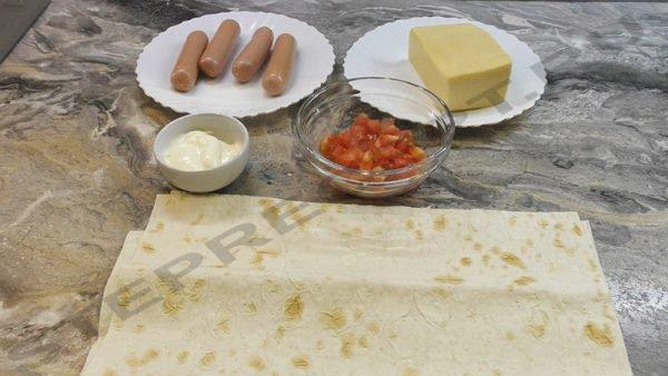 Пицца из лаваша в микроволновке – завтрак за 3 минуты