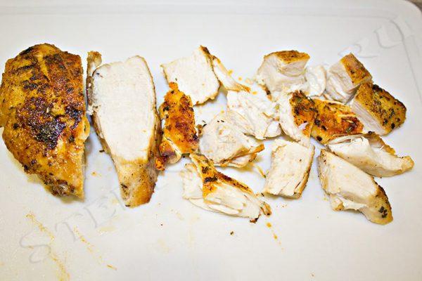 салат мексиканский с курицей и болгарским перцем