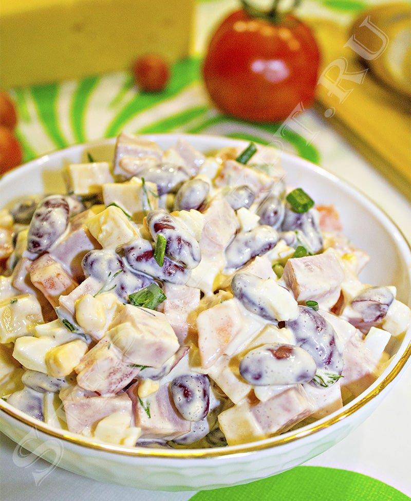 салат с фасолью и сухариками рецепт