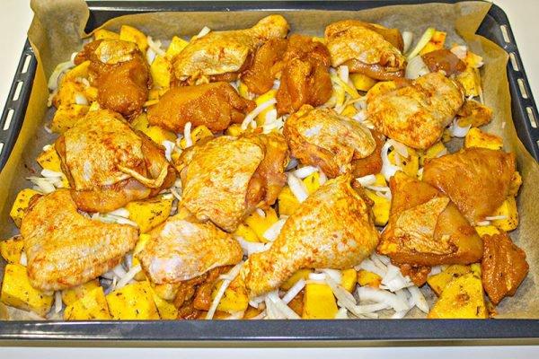 сколько готовится курица с картошкой в духовке