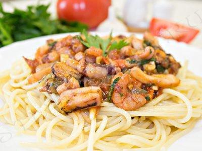 макароны с морепродуктами