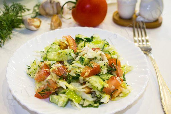 салаты из свежей капусты рецепты простые
