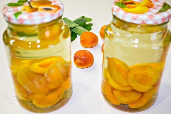 компот из абрикос с мятой на зиму