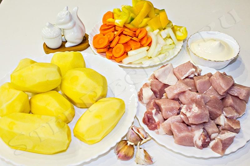 как потушить картошку с мясом в духовке
